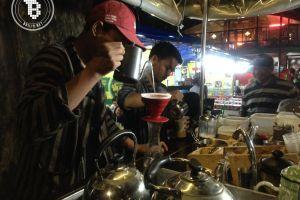 Koling, kopi cita rasa kafe dalam nuansa kaki lima di Malioboro