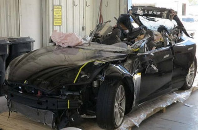 5 kisah tewas teknologi robot © listverse.com