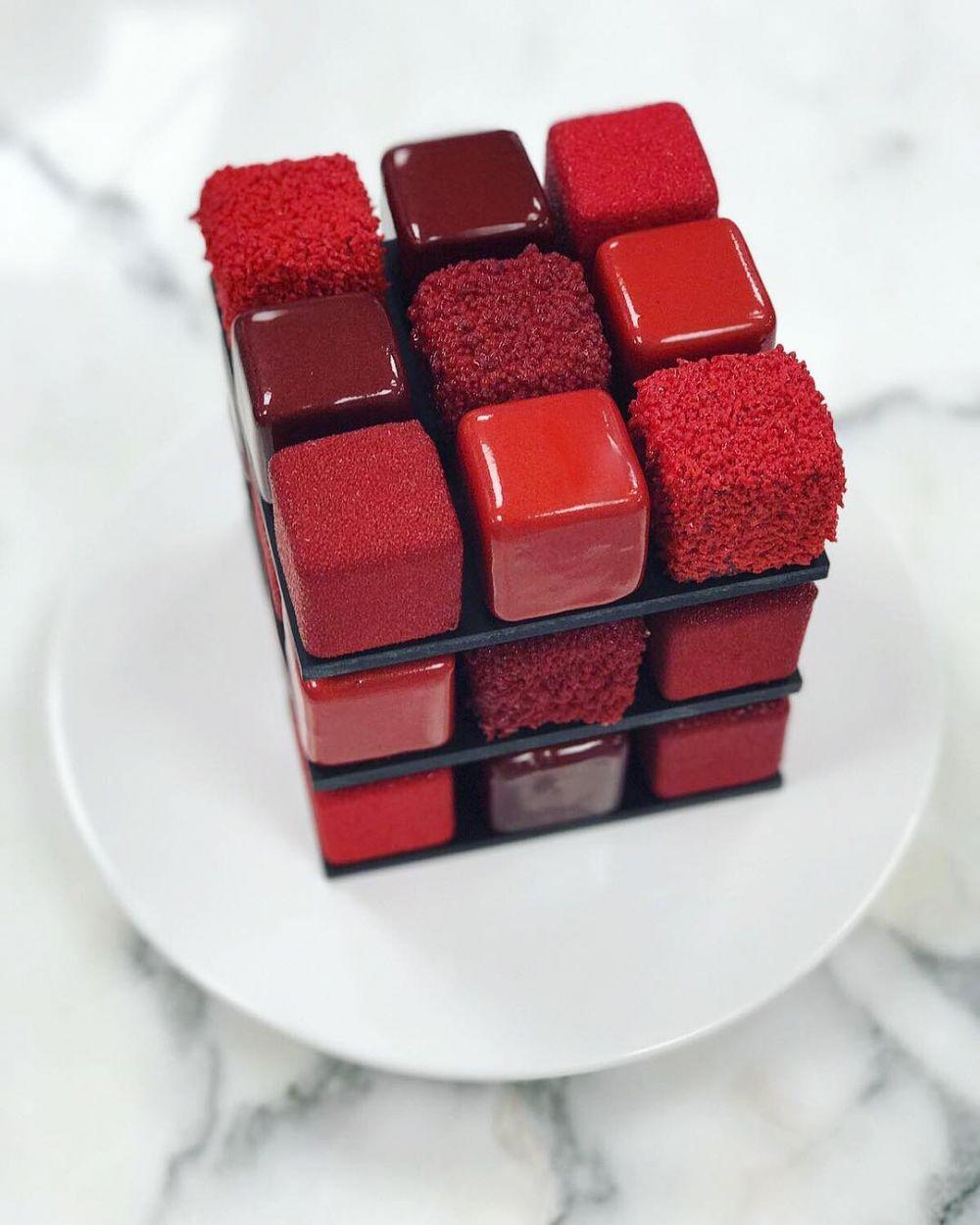 8 Kreasi kue rubik © 2018 Instagram
