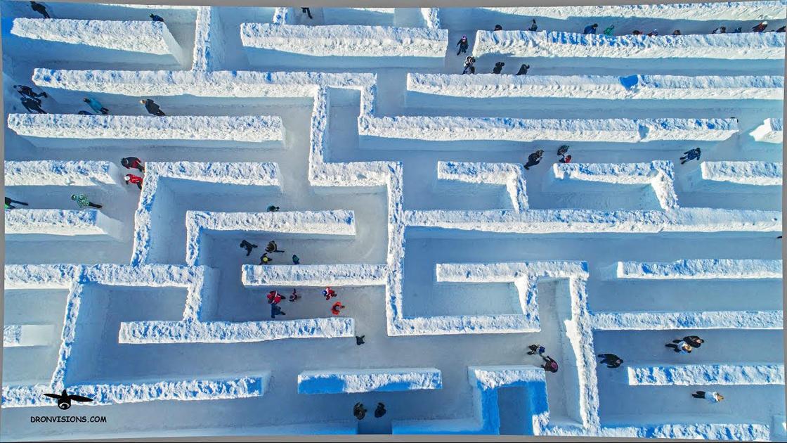 9 Potret labirin salju terbesar di dunia, bisa tersesat nih