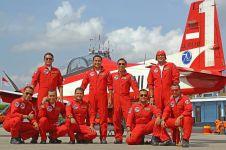 Farewell leader Jupiter Aerobatic Team, para pilot terharu di udara