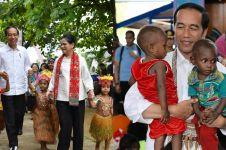7 Momen Presiden Jokowi saat kunjungi Papua, penuh antusias masyarakat