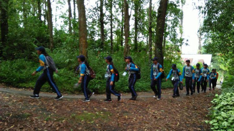 Berpetualang di alam, cara anak zaman now tunjukkan peduli lingkungan
