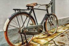 Sepeda yang mempersatukan warga tiga kampung