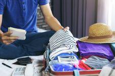 7 Outfit yang wajib dipakai traveler, dijamin aman dan nyaman
