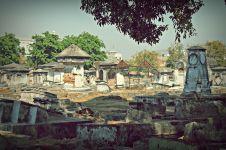5 Fakta kampung Peneleh, pemukiman penuh makam di Surabaya