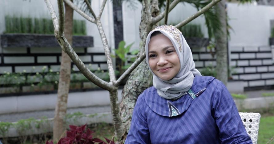 I am Sarahza, kisah penantian 11 tahun Hanum Rais yang berbuah manis