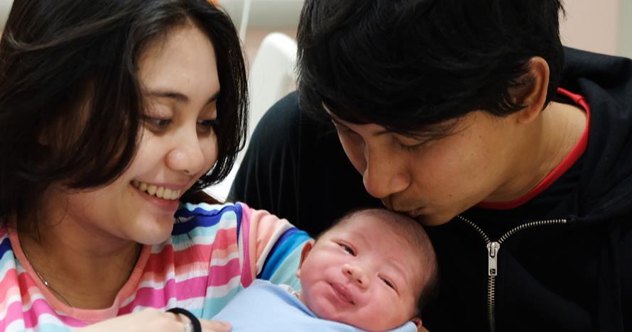 Istri Aden Bajaj melahirkan anak kedua, ini 5 momen bahagianya