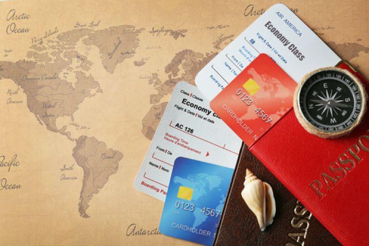 4 Kartu kredit bank ini pas banget untukmu yang hobi traveling