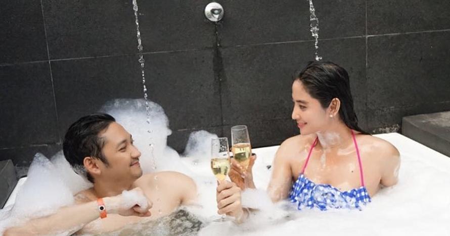 Kerap pamer kemesraan, 5 foto Dewi Perssik & suami ini tuai hujatan