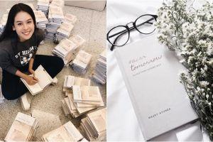 4 Fakta menarik soal 'Dear Tomorrow', buku perdana Maudy Ayunda