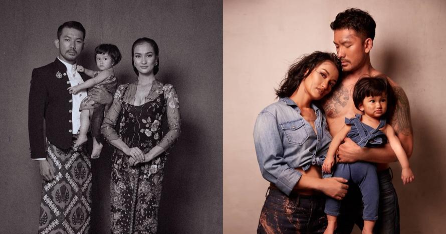 10 Gaya foto keluarga Rio Dewanto dengan beragam konsep, kece maksimal