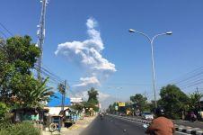 Gunung Merapi kembali alami letusan freatik Senin dini hari