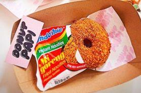 Viral, ini penampakan Indomie donat goreng yang bikin tergiur