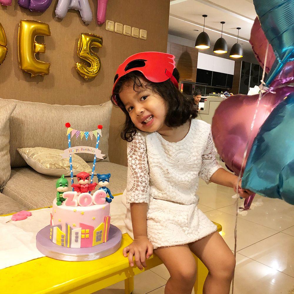 keseruan ulang tahun Zoe © 2018 Instagram
