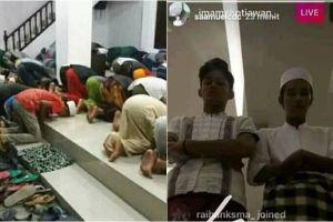 5 Kelakuan orang Indonesia saat tarawih, bikin geleng-geleng kepala