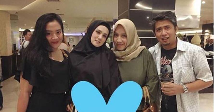 5 Momen manis keakraban Mulan Jameela, anak dan mantan suami