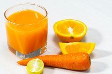 Tips bikin jus wortel-jeruk, minuman serat tinggi yang segar dan sehat