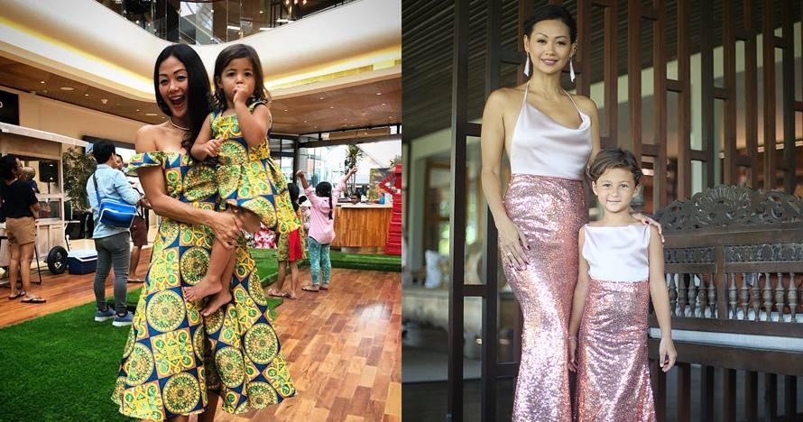 8 Potret Indah Kalalo dan putrinya kembaran baju, kompak banget nih