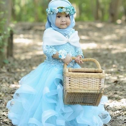 10 Potret gemas Saufa Adzkia Rahman, hijaber cilik yang fashionable