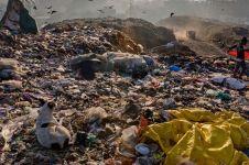 10 Potret miris akibat membludaknya sampah plastik, bikin ngelus dada