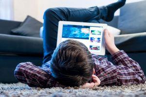 5 Aplikasi ini bisa bantu awasi anak saat bermain ponsel pintar