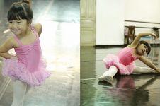 5 Aksi Gempi saat berlatih balet, gerakannya lucu dan menggemaskan