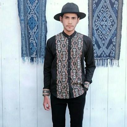 7 Fashion item pria yang bisa bikin outfit Lebaran kamu makin kece