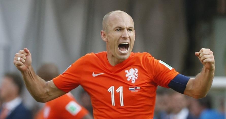 Arjen Robben terciduk liburan di Labuan Bajo, ini 5 momen serunya