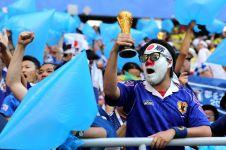 Aksi suporter Jepang & Senegal usai pertandingan ini layak ditiru