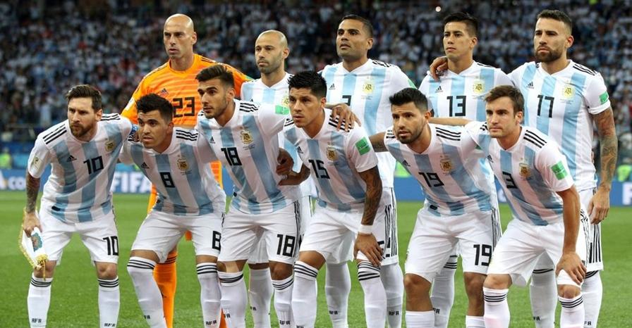 Kalah telak, ini yang harus dilakukan Argentina agar lolos fase grup