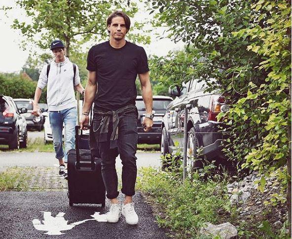 9 Gaya kiper Swiss, Yan Sommer yang pintar main gitar & lihai memasak © 2018 brilio.net