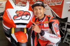 10 Gaya kece Dimas Ekky Pratama, pembalap Indonesia di Moto2 Barcelona
