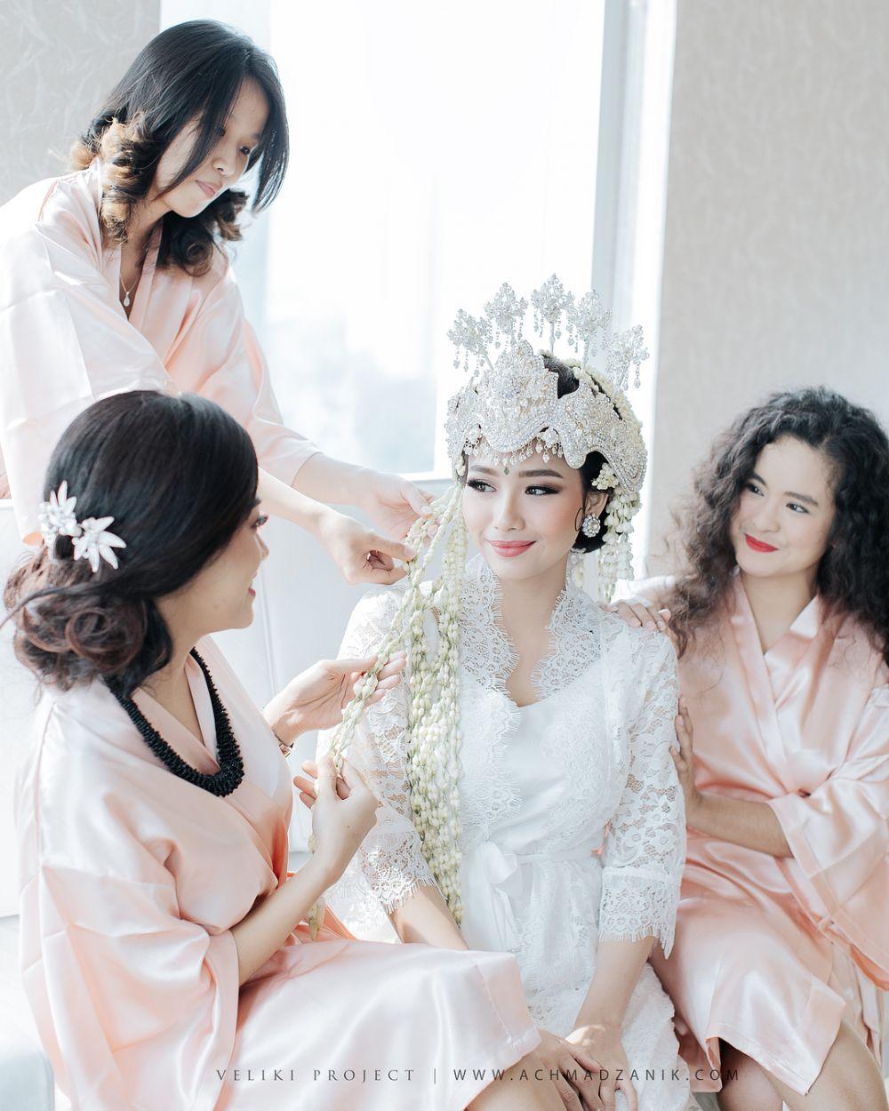 Sah, ini 10 potret sakral pernikahan Rizky Alatas & Adzan