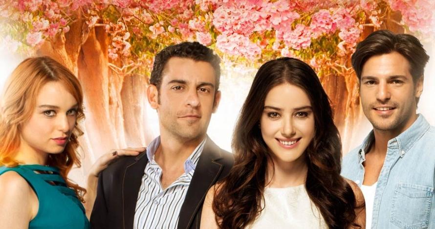 Cinlok di drama Cinta di Musim Cherry, ini 10 kemesraan Ozge & Serkan