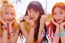 Heboh, grup K-Pop ini pemotretan album pakai properti asli Indonesia