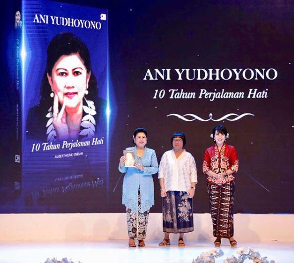 ani yudhoyono buku istimewa