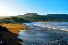 10 Pesona pantai Watu Karung & G-Land, tempat syuting Kulari ke Pantai