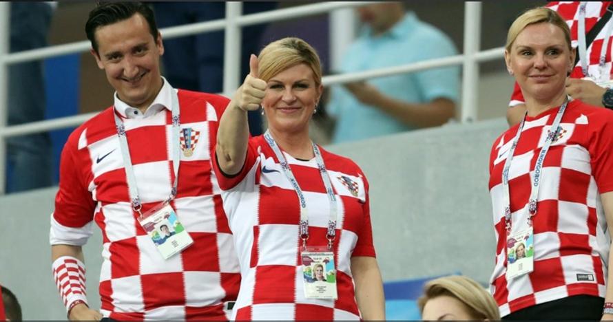 Presiden Kolinda Grabar memang super fans Kroasia, ini buktinya