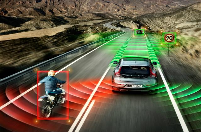 Sering diabaikan, ini 5 posisi blindspot mobil yang bikin kecelakaan