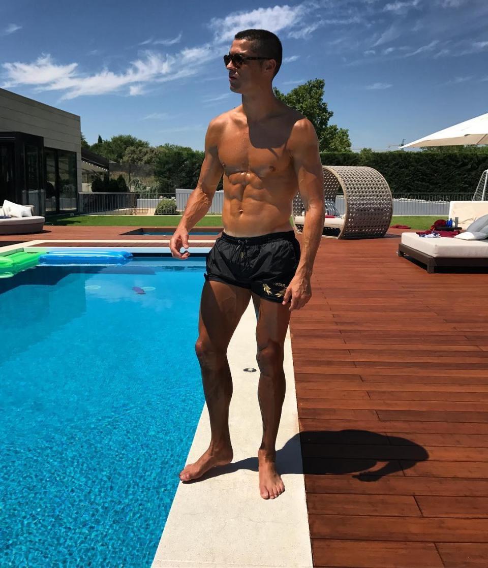 rumah ronaldo dijual © 2018 instagram