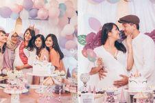 10 Potret keseruan baby shower Sharena Delon, gemes berkonsep unicorn