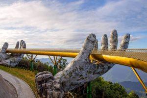 9 Potret jembatan emas ini arsitekturnya bikin takjub