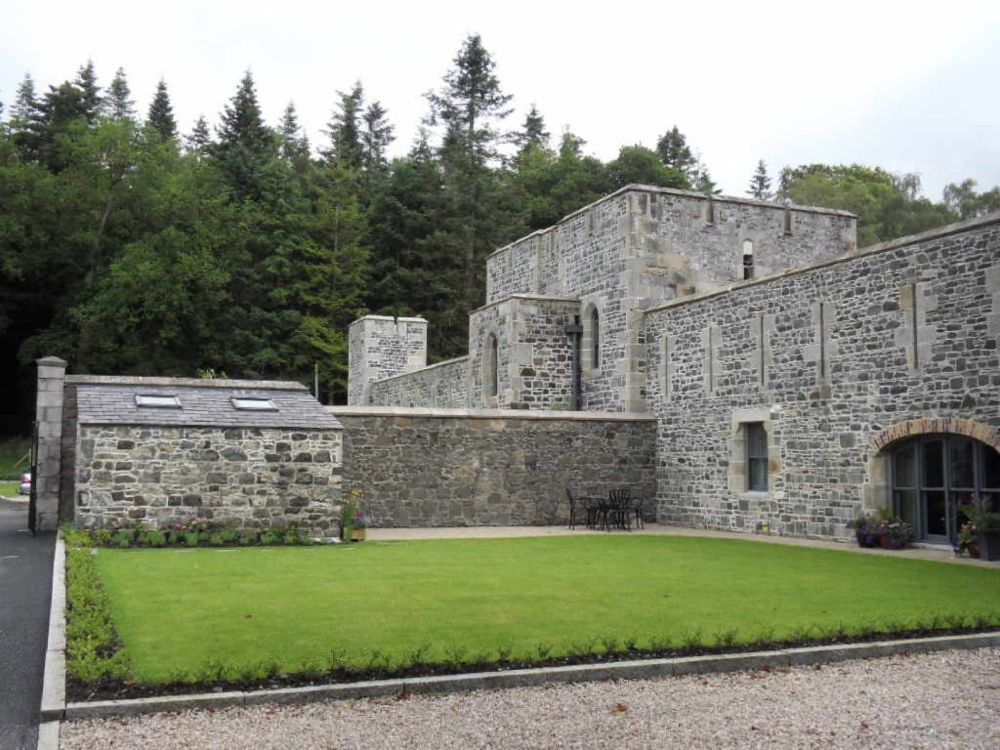 kastil Istimewa