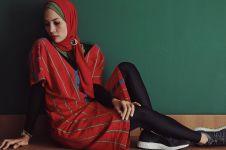 10 Gaya stylish Steffy Burase, model cantik jadi saksi kasus korupsi