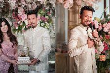 10 Momen haru lamaran Denny Sumargo & Dita Soedarjo, nuansa pink-putih