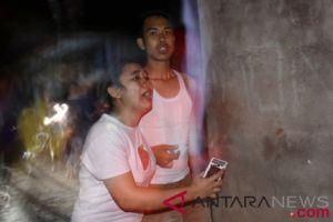 Kisah sekeluarga tewas akibat gempa Lombok, jenazah ayah peluk anaknya