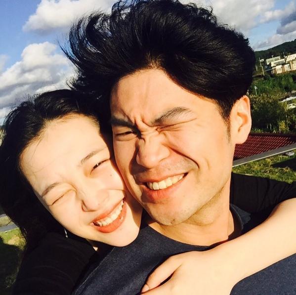 AoA dating skandal började dejta strax före jul