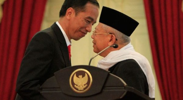 Detik-detik penandatanganan dokumen pencalonan Jokowi-Ma'ruf Amin