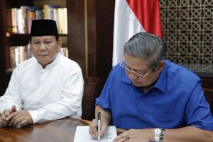 Gagal usung AHY, ini detik-detik SBY tanda tangan dukung Prabowo-Sandi